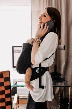 Es gibt bereits viele gute Ansätze dazu, jedoch ist das Thema Home-Office mit Baby definitiv individuell anzusehen. Am Mamablog teile ich meine bisherigen Erfahrungen mit dir. Welche Learnings hatte ich selbst und welche Tipps kann ich dir nun mit auf den Weg geben? www.whoismocca.com Trends, Entrepreneurship, Home Office, Female, Interior, Baby, Helpful Tips, Career, Woman