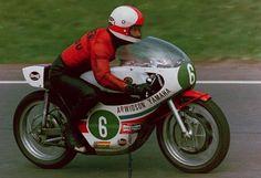 Japanese Motorcycle, Classic Motorcycle, Vintage Racing, Vintage Posters, Yamaha, My Hero, Honda, Men, Vehicles