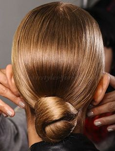 chignon hairstyles - sleek chignon