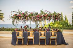 hanging-floral-centerpiece