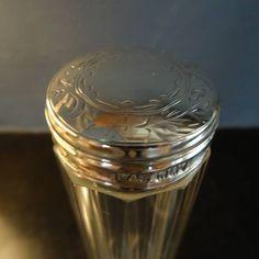 Facet geslepen kristallen flacon met zilveren dop
