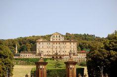 La Villa Aldobrandini de #Frascati es una de las villas más conocidas de los…