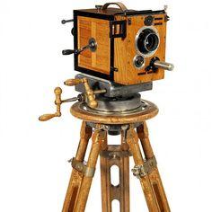 "1920s+movie+camera   35 mm Silent Movie Camera ""Ernemann E"", c. 1920"