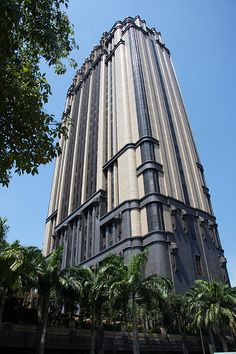 """Terrific Totally Free Art deco skyscraper, Singapore Thoughts """"The Wonderful – what seems like pomp and luxurious is associated with extravagant life Architecture Art Nouveau, Futuristic Architecture, Beautiful Architecture, Architecture Design, Landscape Architecture, Art Deco Buildings, Unique Buildings, Beautiful Buildings, Singapore Art"""