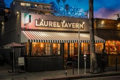 Date #41: The One Who Was... A Woman #laureltavern #studiocity #100dates