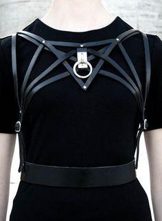 ANANKE _ Leather Harness - O-ring - Body Harness - Luxury Lingerie - Bondage - Fetish Fashion - Avant-Garde Fashion Dark Fashion, Gothic Fashion, 90s Fashion, Womens Fashion, Fashion Tips, Fashion Design, Leather Fashion, Fashion Quiz, Fashion 2020