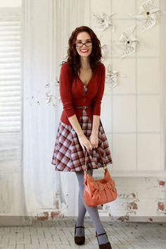 What a beautiful combination. Mind you, well chosen model too, I would never pull that style off as well. Tights and shoes, maybe, top and belt, probably not. Glasses? My face is too long.