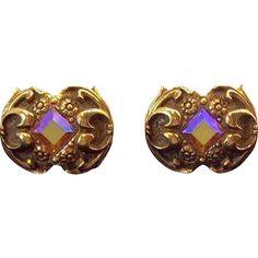 Vintage Swank Ornate Scrolls & Flower Designs Goldtone Metal Rhinestone Cuff Links https://www.rubylane.com/item/136230-E10723/Vintage-Swank-Ornate-Scrolls-Flower-Designs?utm_campaign=crowdfire&utm_content=crowdfire&utm_medium=social&utm_source=pinterest