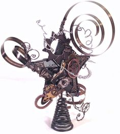 Steampunk Tree Topper from MelsMakeBelieve on Etsy. Saved to Steampunk Christmas. Industrial Christmas Ornaments, Metal Christmas Tree, Christmas Makes, Victorian Christmas, Christmas Tree Toppers, Xmas Tree, Christmas Tree Ornaments, Christmas Holidays, Christmas Crafts