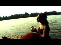 My Brightest Diamond - Hymne à l'amour, sung in Brooklyn