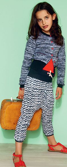 Kinderkleding Nono Sweatpants | Comfy en Trendy | www.kienk.nl Little Girl Fashion, My Little Girl, Teen Fashion, Fashion Outfits, Little Fashionista, Kid Styles, Kids Wear, Kids Clothing, Cool Kids