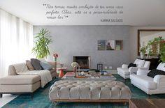 Decoração de: Sala de estar; tapete azul; Casa de Valentina
