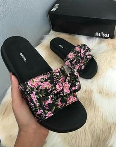 Sneakers mujer looks 30 best ideas Bling Sandals, Cute Sandals, Sneakers Fashion, Fashion Shoes, Cute Slides, Hype Shoes, Fresh Shoes, Melissa Shoes, Swag Outfits