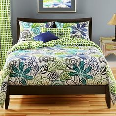 new duvet set! @Melissa Ruhlman like brown sheets with chocolate walls? what are your thoughts?