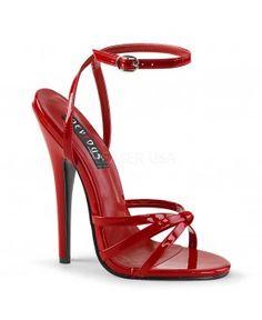 f336a2c8f07e2 57 meilleures images du tableau Sandales rouges   High heels ...