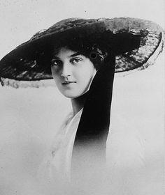 Grand Duchess Maria Pavlovna of Russia, laterDuchess of Södermanland Princess Sergei Mikhailovich Putiatin
