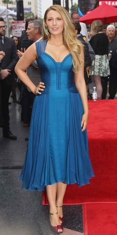 Look of the Day - Blake Lively wore a blue chiffon Atelier Versace cocktail dress with a corset detail and a sweetheart neckline that she expertly styled with Lorraine Schwartz jewelery and knotted Louboutin sandals at Ryan Reynolds Hollywood Walk of Fame star ceremony.