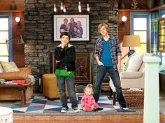 """The colorful designs on the """"Good Luck Charlie"""" set"""
