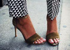 pretty Joie heels!