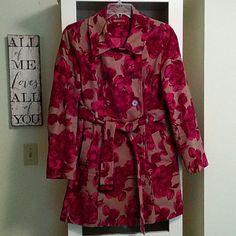 HOST PICK!!! :-)Merona coat very girly Merona coat very girly, very beautiful, deep pockets. The few times I've worn this coat I received lots of compliments:-) Merona Jackets & Coats