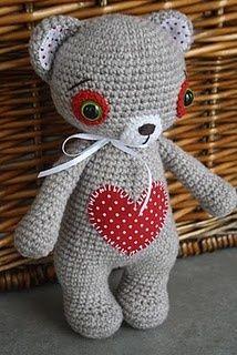 Oso amoroso en crochet... amigurimi...
