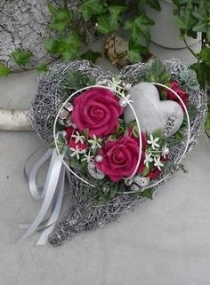 Lovingly decorated grave jewelry consisting of: a brush heart, exotic, . - Lovingly decorated grave jewelry consisting of: a brush heart, exotic, artificial green and flowers - Exotic Flowers, Purple Flowers, Cemetery Decorations, All Saints Day, Foam Roses, Funeral Flowers, English Roses, Yellow Roses, Ikebana