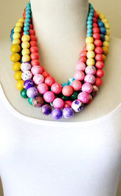 Pink necklace/wood beads/salmon pink/coral/jawbreaker candy/ 80s style round bead necklace
