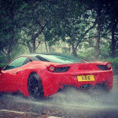 Ferrari 458 Italia rain drive!