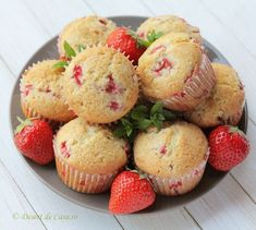 Cookie Recipes, Dessert Recipes, Romanian Food, Sweet Treats, Deserts, Muffin, Food And Drink, Yummy Food, Sweets