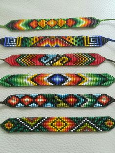 Bead Loom Designs, Beadwork Designs, Bead Loom Patterns, Beaded Crafts, Jewelry Crafts, Bead Jewellery, Beaded Jewelry, Native Beading Patterns, Diy Friendship Bracelets Patterns