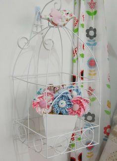 Gaiola quadrada   vaso flores   passarinho   suporte parede