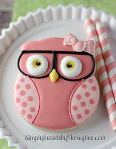 Geeky Girl Owl Cookies | simplysweetsbyhoneybee.com