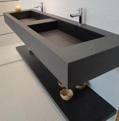 Porcelanato: muito além de um simples piso! | Comprando Meu Apê Minimalist House Design, Minimalist Home, Wc Design, Kid Bathroom Decor, Diy Zimmer, Trough Sink, Bathroom Vanity Cabinets, Apron Sink, Dressing