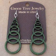 ASCENDING CIRCLES Green Tree Jewelry KELLY GREEN laser cut wood earrings 1049 #GreenTreeJewelry #AscendingCircles