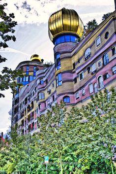 Waldspirale, Darmstadt. Architect Friedensreich Hundertwasser. https://zhianjo.com