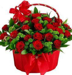 Red roses & green basket of flowers Bride Flowers, Flowers Nature, Beautiful Flowers, My Flower, Flower Vases, Good Morning Gift, Rose Basket, Green Basket, Rose Flower Wallpaper