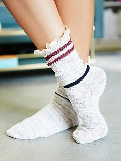 Laweson Ruffle Boot Sock | Heathered boot socks with frilly lace trims.