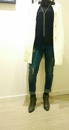 Promod: Manteau blanc 79.95 € Pantalon boyfriend 36.95 €
