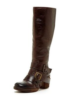 I think I can make these out of the plain boots I have...<3 #boots #Fall