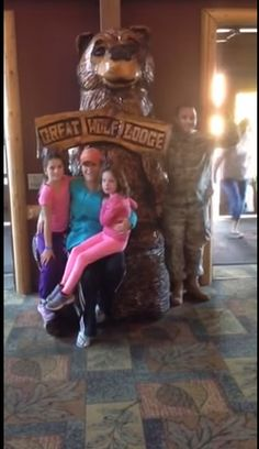 After 6 months in Romania, Army Reservist Major Ray Negron was scheduled to be released from active duty in early October. While traveling to Ft. Bliss, Texas, he arranged a layover in NY, rented a car, and drive to Great Wolf Lodge to surprise his wife and daughters.