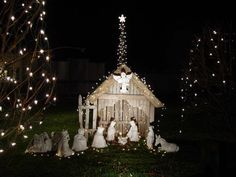 cool outdoor nativity set