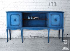An old buffet needed three different blue shades, to get back to life and become Chic & Trendy! We used Chicago Blues, Athens Breeze and Patagonia Ice, all from Chalk Of The Town Paint range, mixed on the brush. Best Chalk Paint, Buffet, Blues, Gallery, Projects, Painting, Furniture, Athens, Patagonia