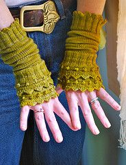 Ravelry: Heart of the Lotus pattern by Lynne Vogel - lovely fingerless mitts
