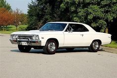 Chevelle - Car World Chevy Muscle Cars, Best Muscle Cars, American Muscle Cars, 1967 Chevelle Ss, Chevrolet Chevelle, Classic Chevrolet, Chevrolet Malibu, Unique Cars, Fast Cars
