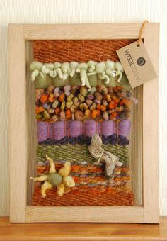 Hand woven wall hanging // weaving // telar decorativo made by WooL LooM