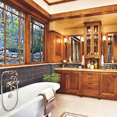 Prairie-style casement and clerestory windows and cabinets are in keeping with this contemporary Craftsman bathroom redo. Windows: Kolbe & Kolbe A banal bath is reborn with contemporary function and authentic period style Craftsman Style Bathrooms, Craftsman Interior, Craftsman Style Homes, Craftsman Bungalows, Craftsman Farmhouse, Modern Craftsman, Craftsman Mirrors, Craftsman Style Interiors, Craftsman Ranch