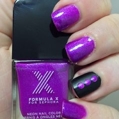 """traceyloveslacquer's #FormulaX nails! Show us your """"X"""" tips—tag your nail photos with #FormulaX to be featured on our social sites!"""