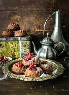 Rustic chocolate cake by VoyageVisuel