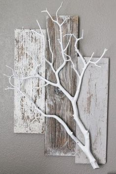 Three pieces of weathered BarnWood with white by BarnwoodBlooms #barnwood #barnwoodblooms #pieces #three #weathered #white #WohnaccessoiresDekor