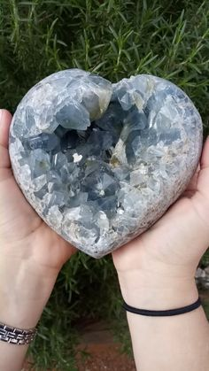 Blue Crystals, Stones And Crystals, Large Crystals, Gem Stones, Natural Crystals, Crystal Healing Stones, Crystal Magic, Crystal Cluster, Minerals And Gemstones